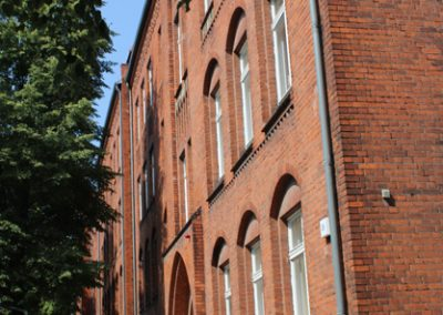 Schulgebäude von der Stuttgarter Strraße